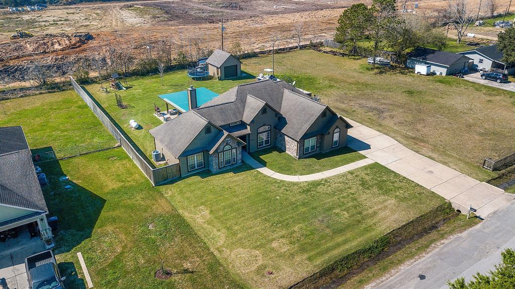 2590 Mary Lane, Dickinson, TX 77539 - Dickinson, TX real estate listing