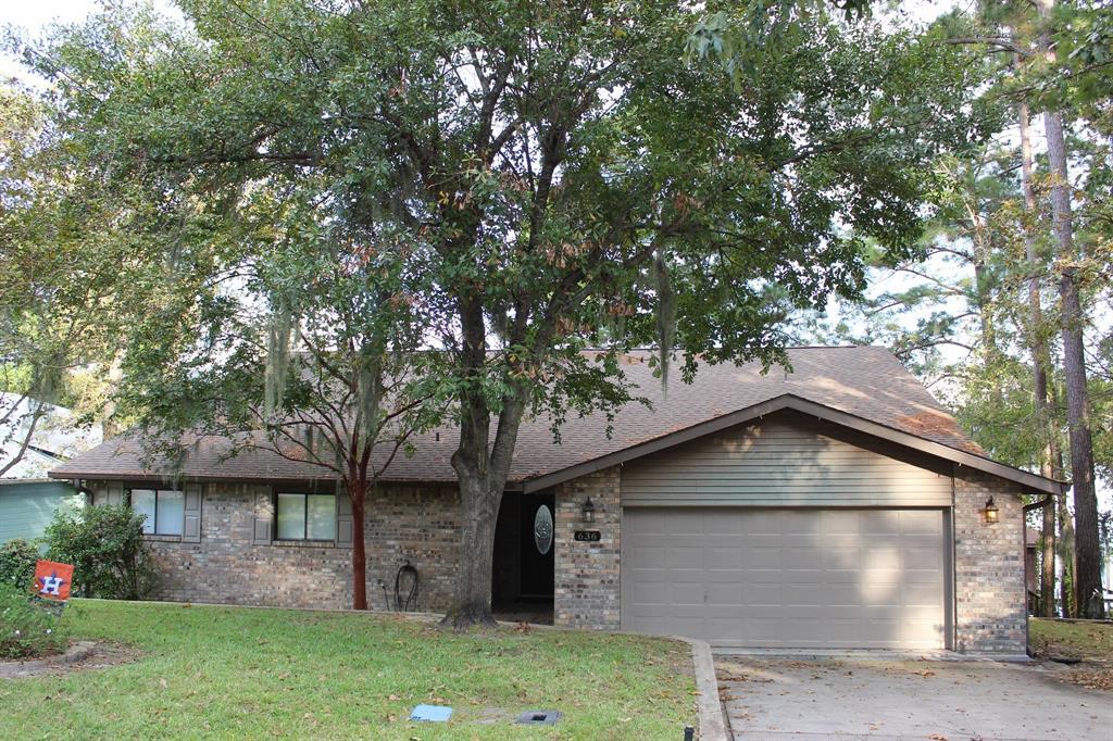 636 Lakefront Drive, Onalaska, TX 77360 - Onalaska, TX real estate listing