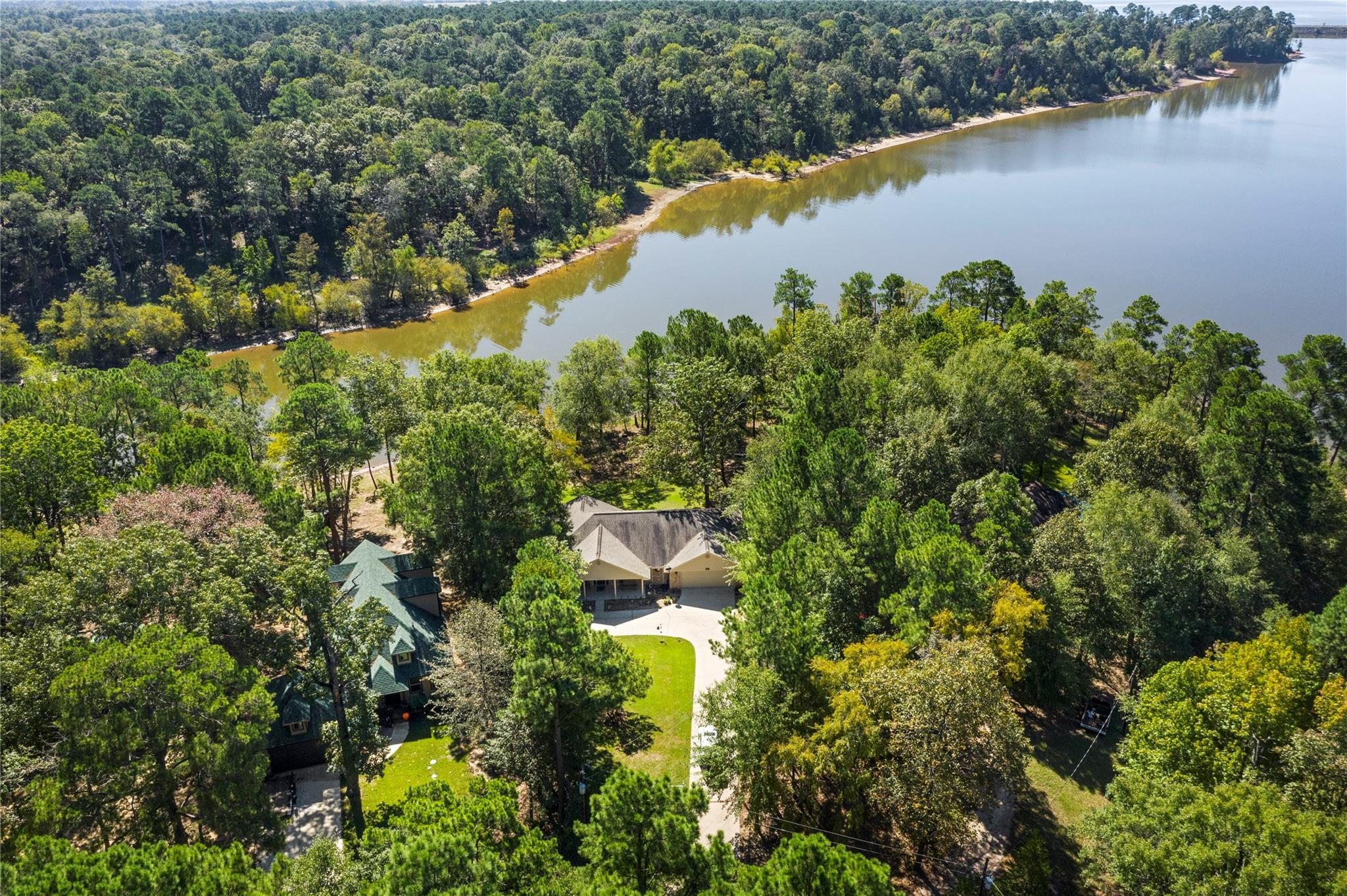 321 County Road 5597 Property Photo - Etoile, TX real estate listing