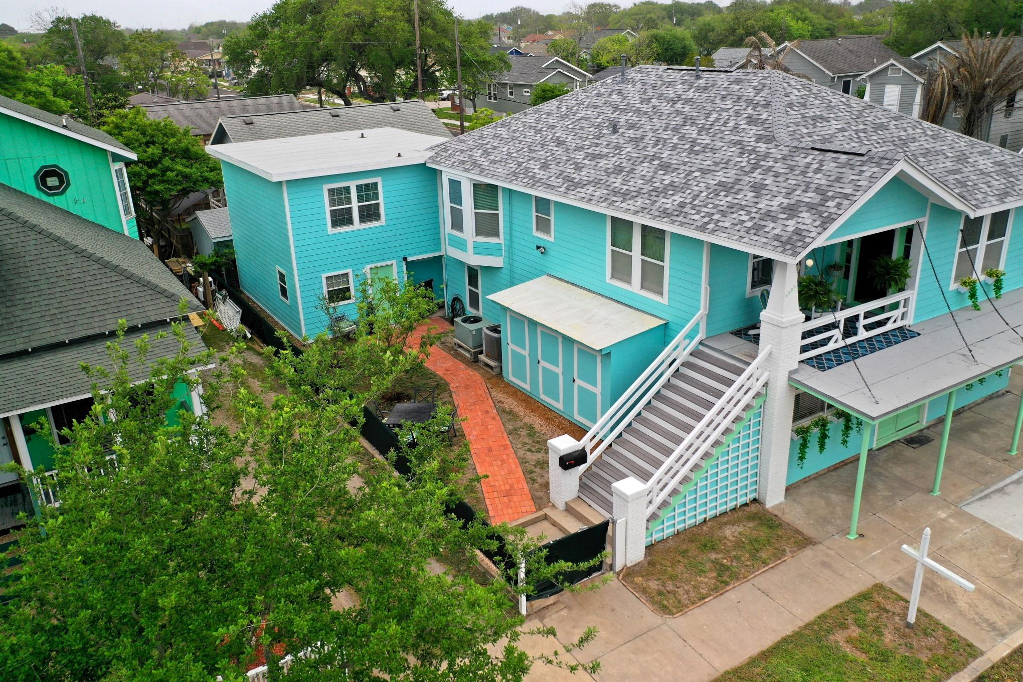 4902 Avenue Q Property Photo