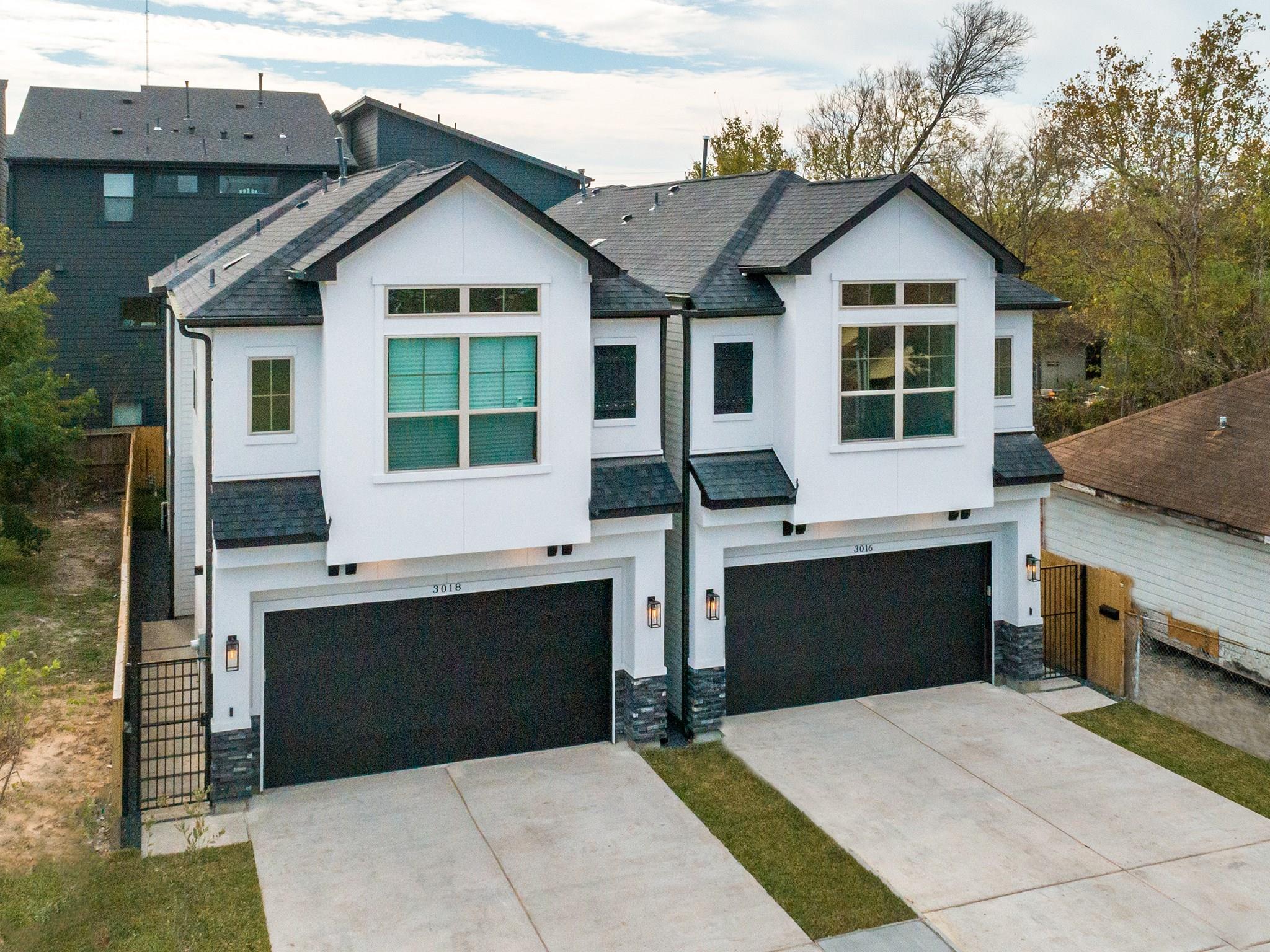 2129 Naomi Street Property Photo - Houston, TX real estate listing