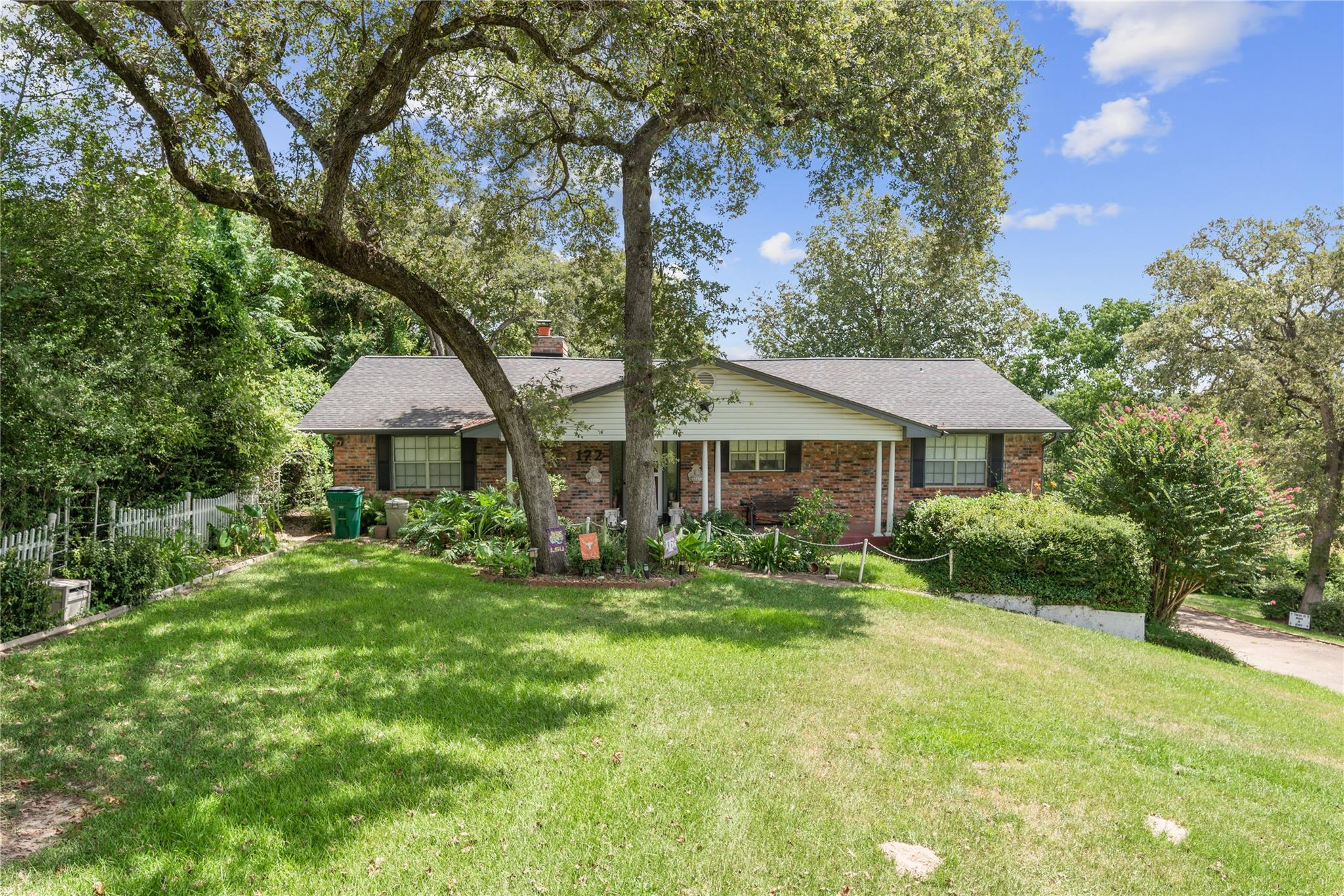 172 Golfview Drive N Property Photo - Hilltop Lakes, TX real estate listing