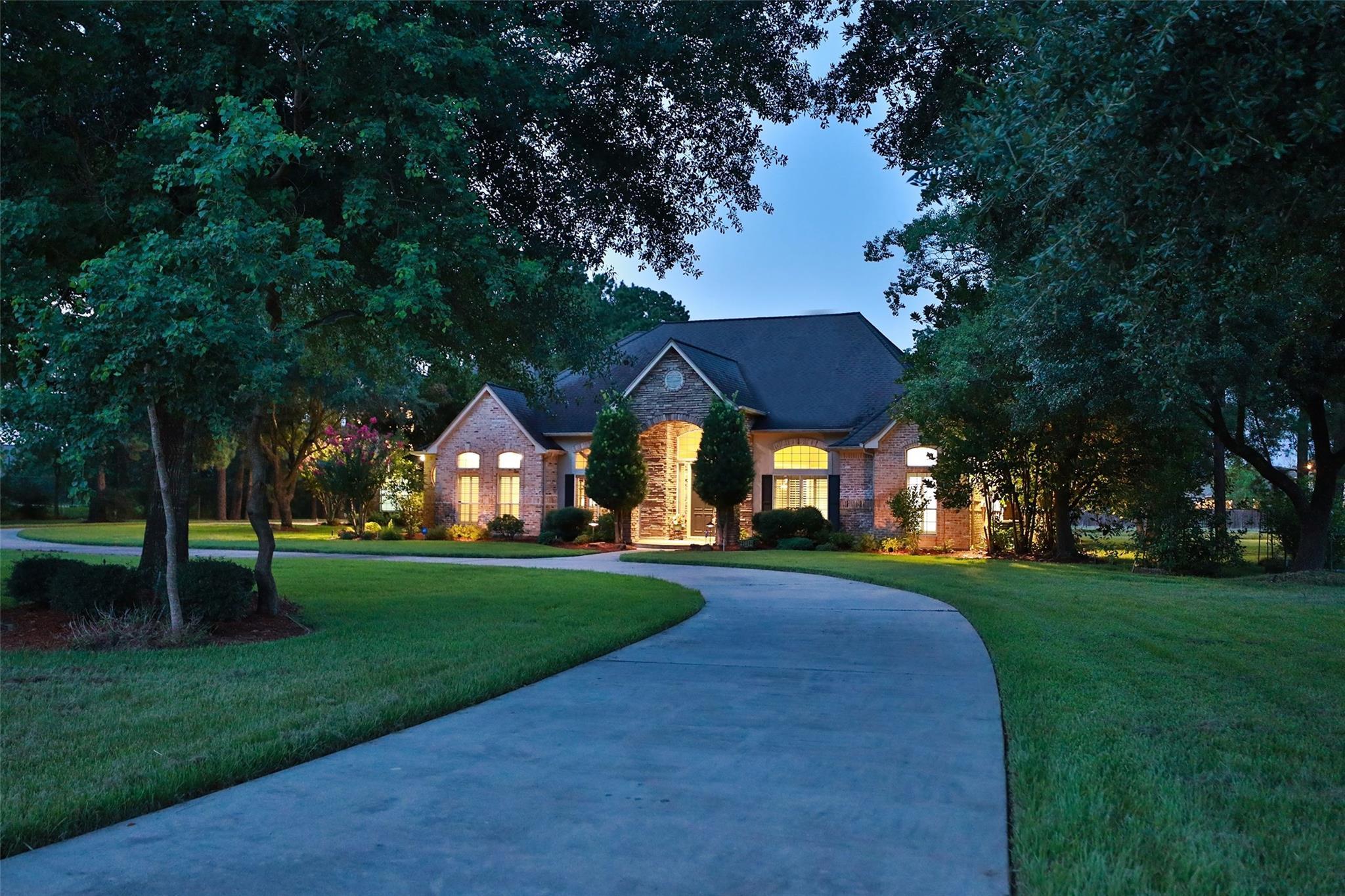 21012 Glen Willow Drive Property Photo