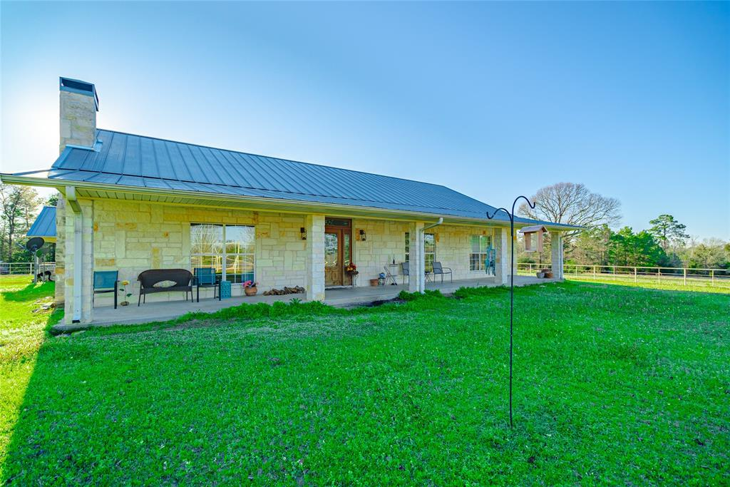 1162 Anderson County Road 179 Property Photo - Elkhart, TX real estate listing