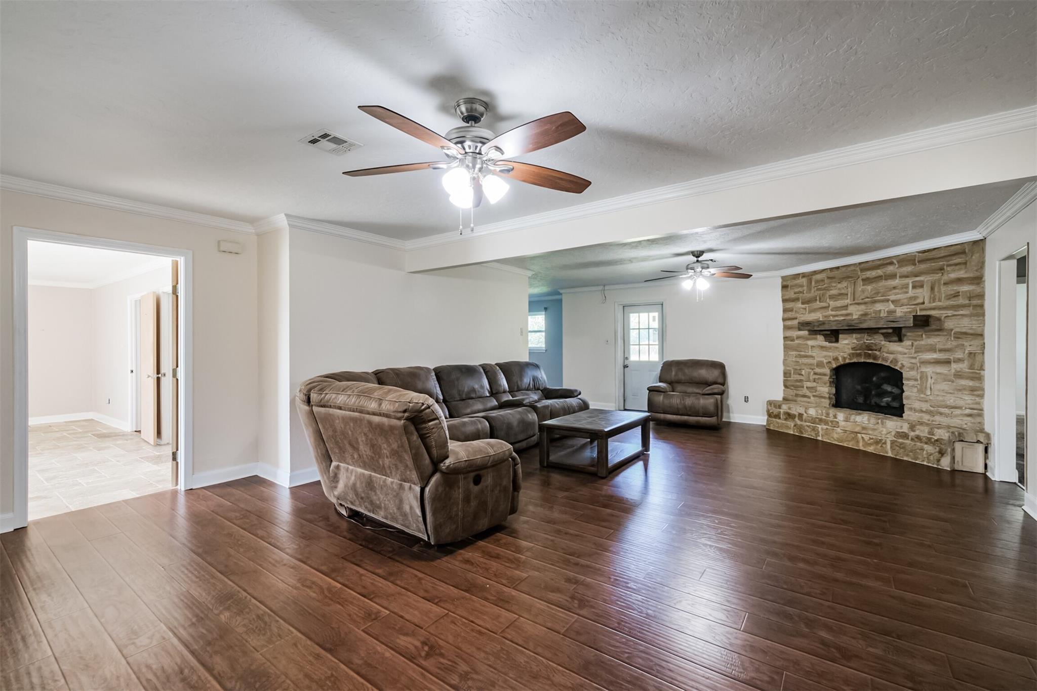 246 W Gulf Bank Road Property Photo - Houston, TX real estate listing