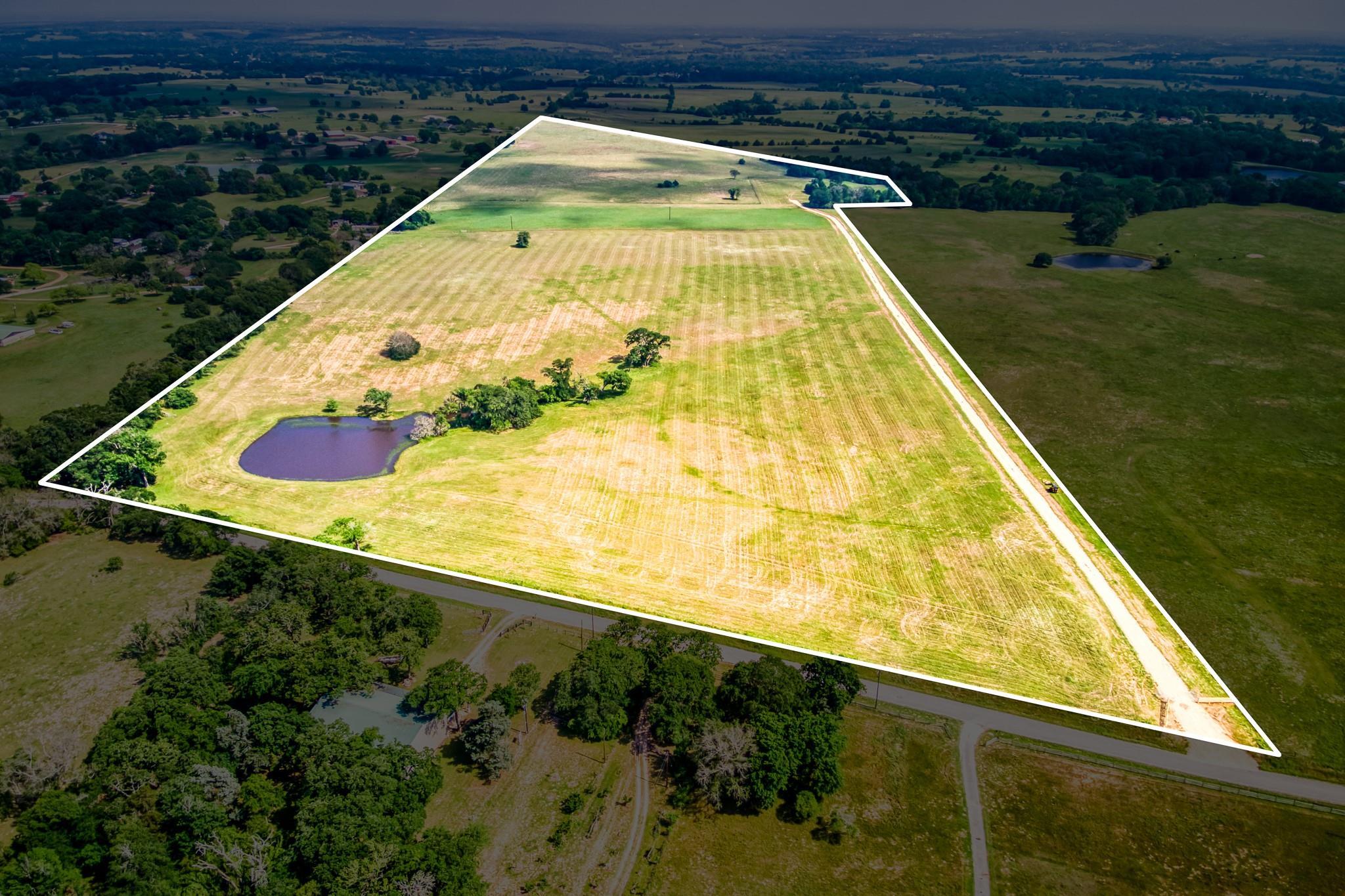 3962 Old Navasota Rd Property Photo - Brenham, TX real estate listing