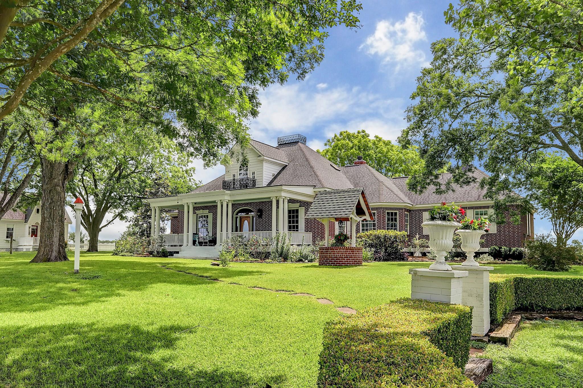 610 Lomax Harmel Road Property Photo - Burton, TX real estate listing
