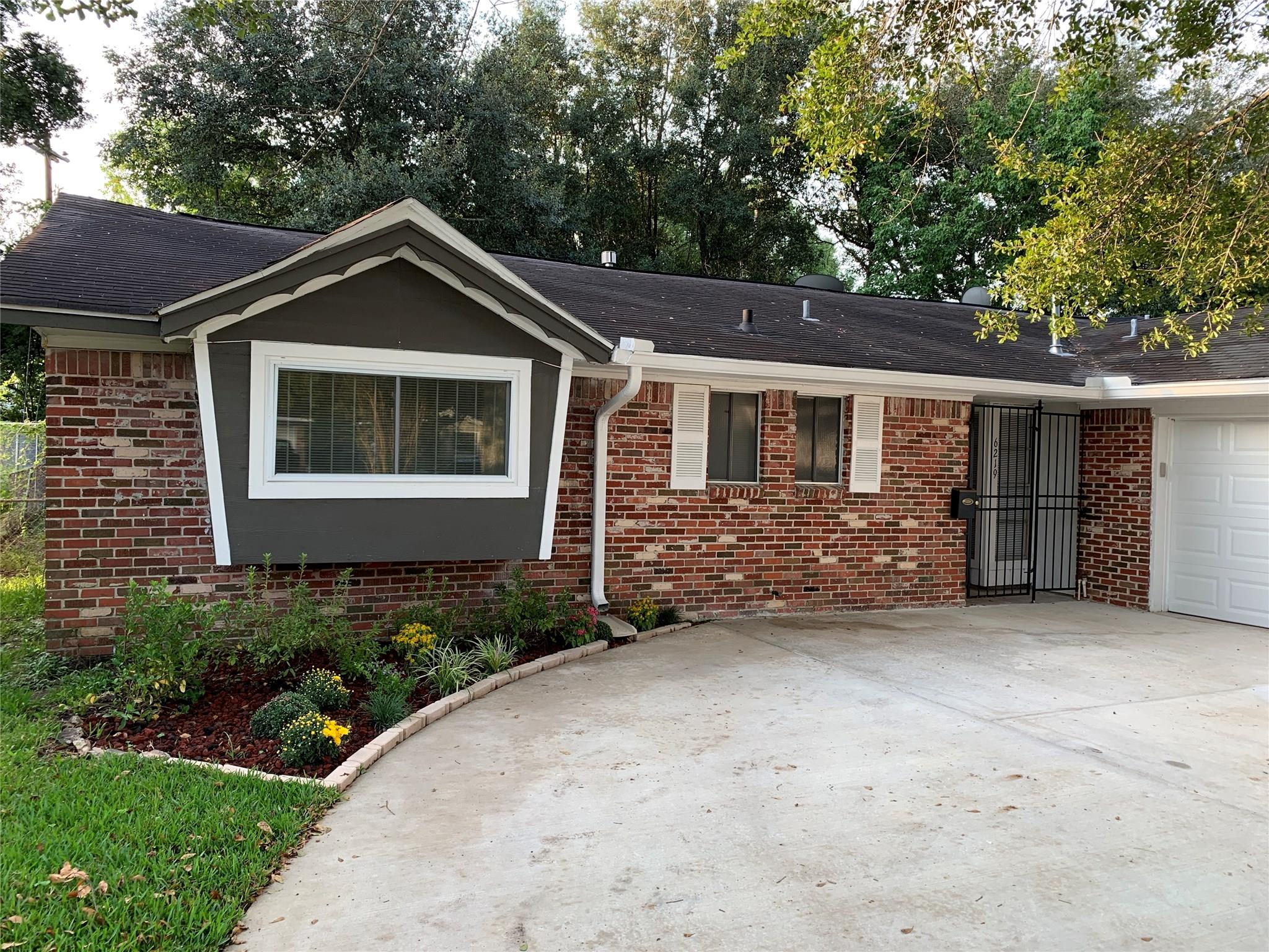 6219 Sheringham Street Property Photo - Houston, TX real estate listing