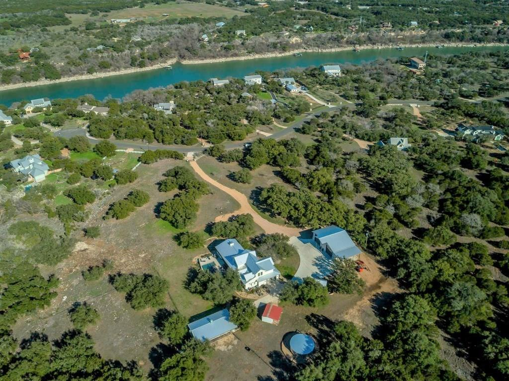 1306 Likeness Road Property Photo - Spicewood, TX real estate listing
