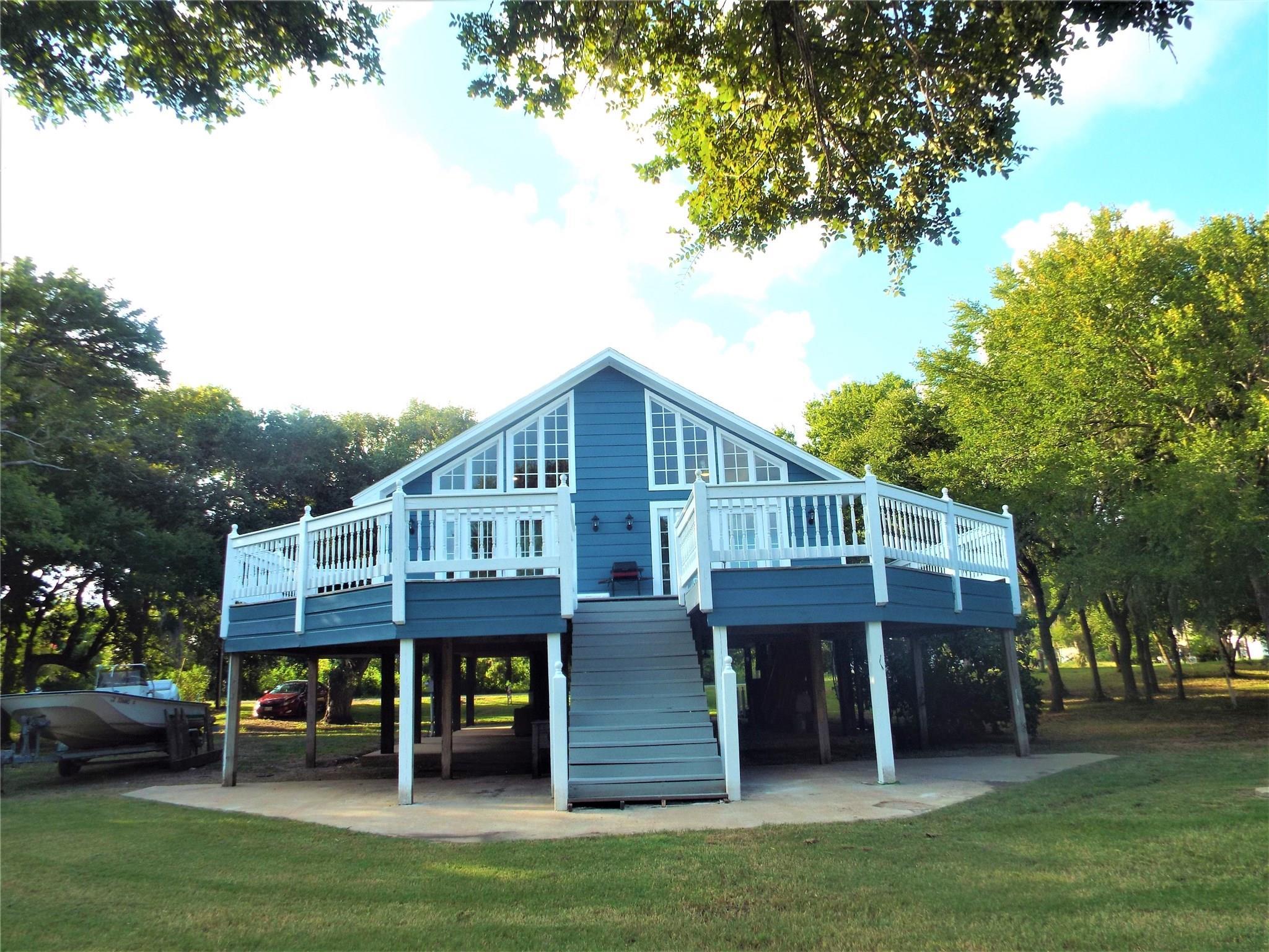 1237 PR 652 LIVE OAK Property Photo - Sargent, TX real estate listing