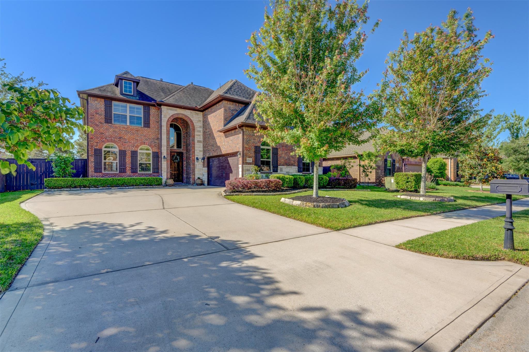2711 Randal Lake Lane Property Photo