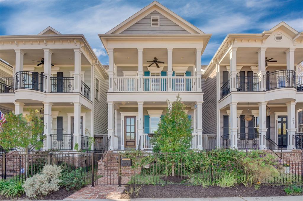 407 Columbia Street Property Photo