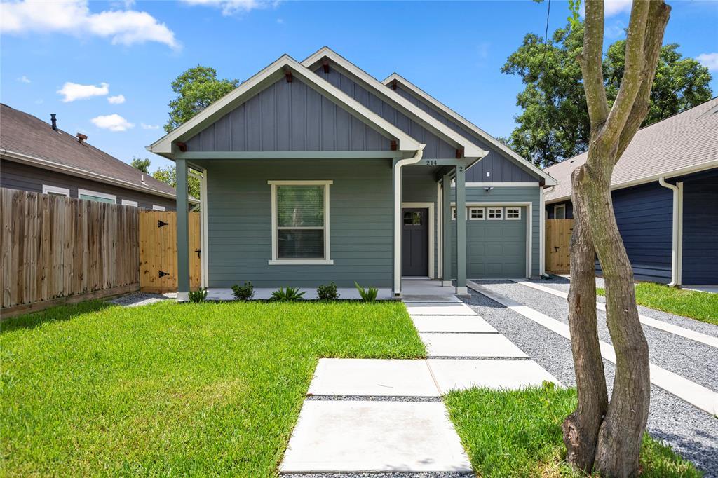 214 LATHAM #2 Property Photo - Houston, TX real estate listing