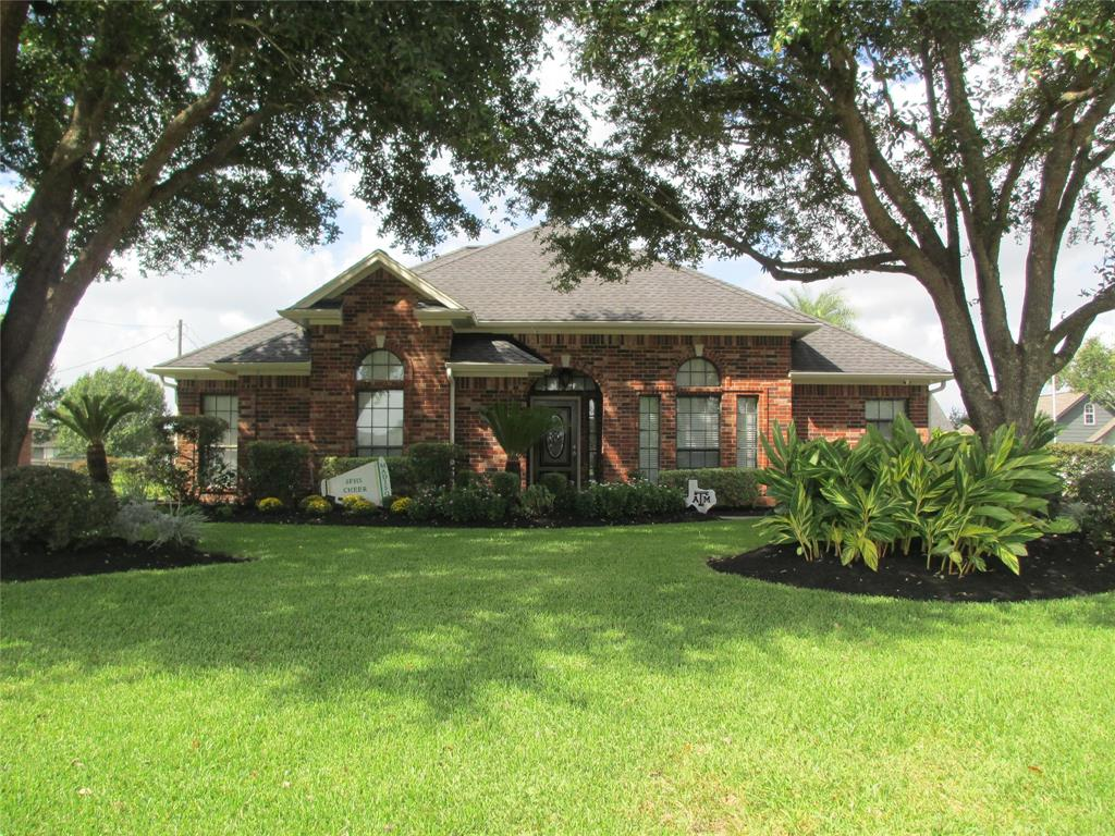 605 Westwood Circle, La Marque, TX 77568 - La Marque, TX real estate listing