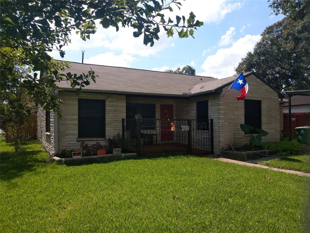 7666 Moline Street Property Photo - Houston, TX real estate listing