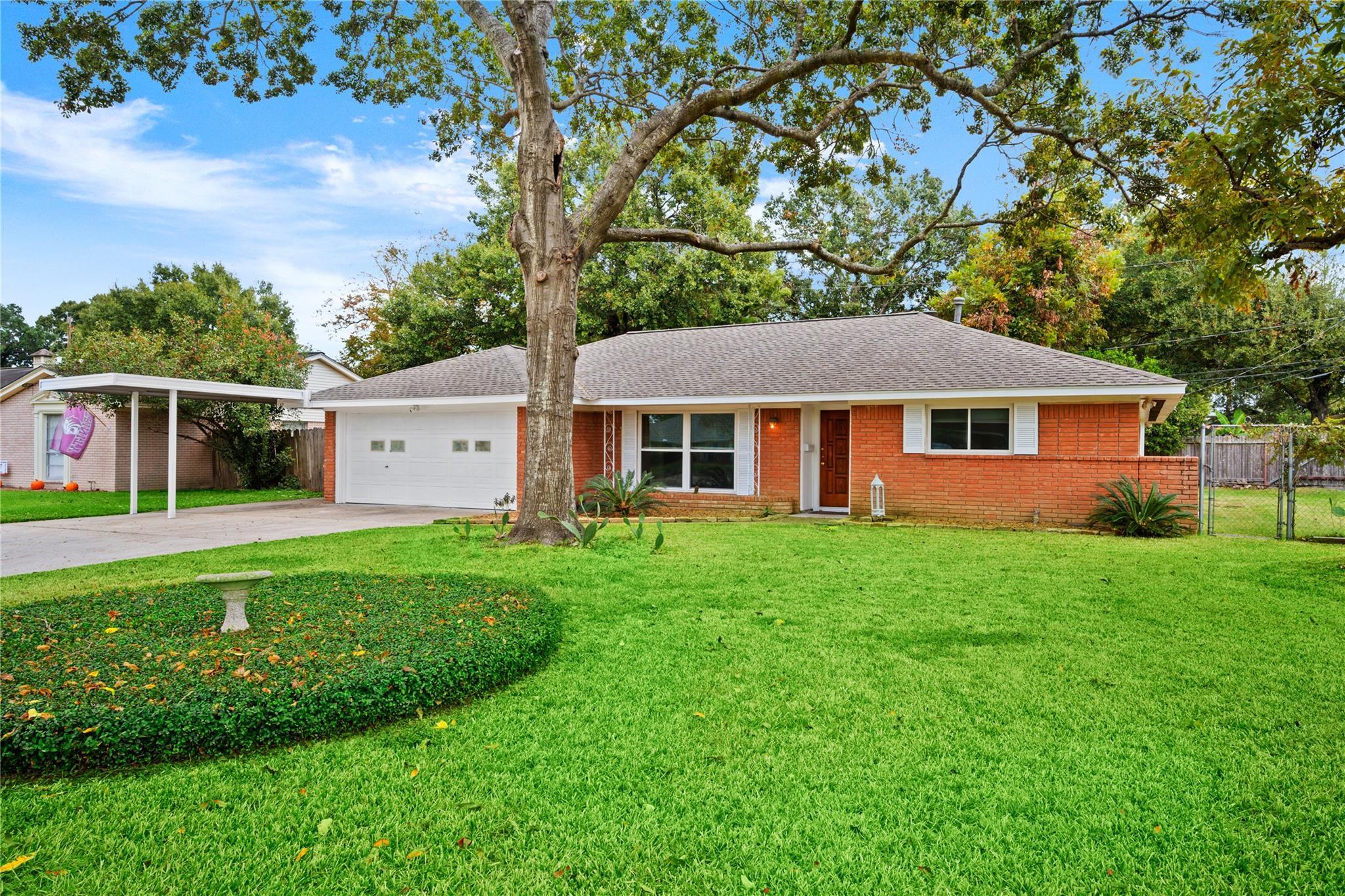 3002 Maple Grove Lane Property Photo - Houston, TX real estate listing