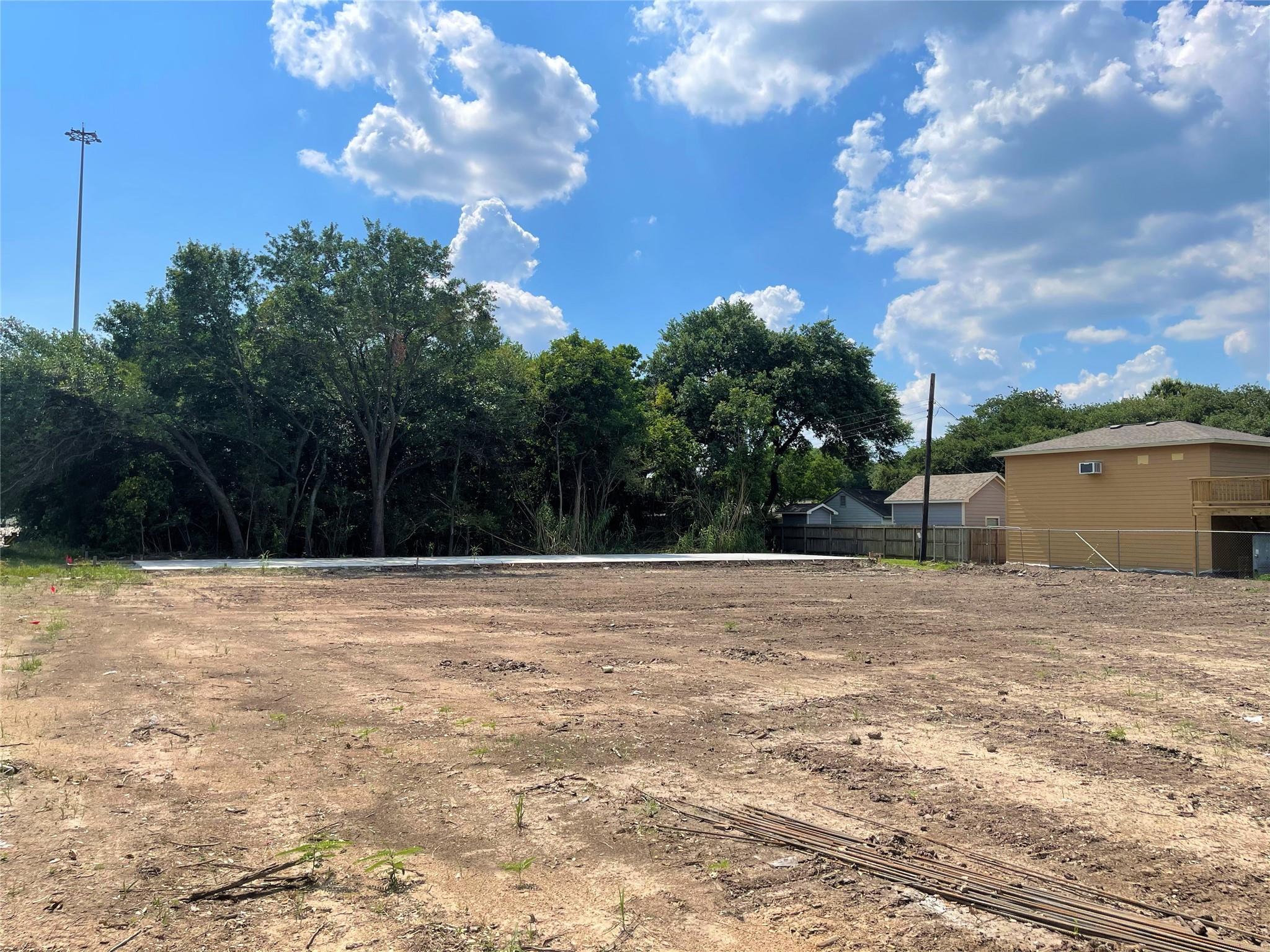 1850 S Sam Houston Parkway W Property Photo