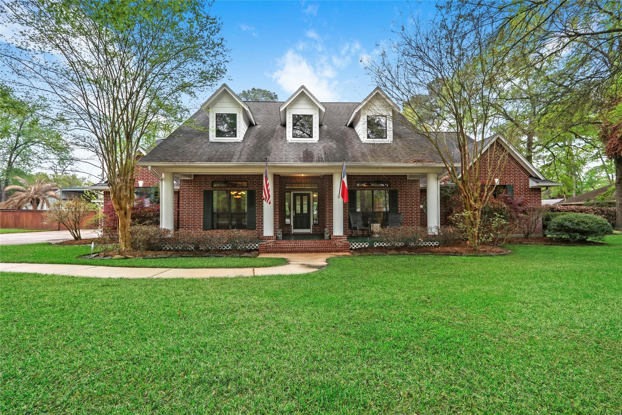 1911 Silver Leaf Drive Property Photo - Spring, TX real estate listing
