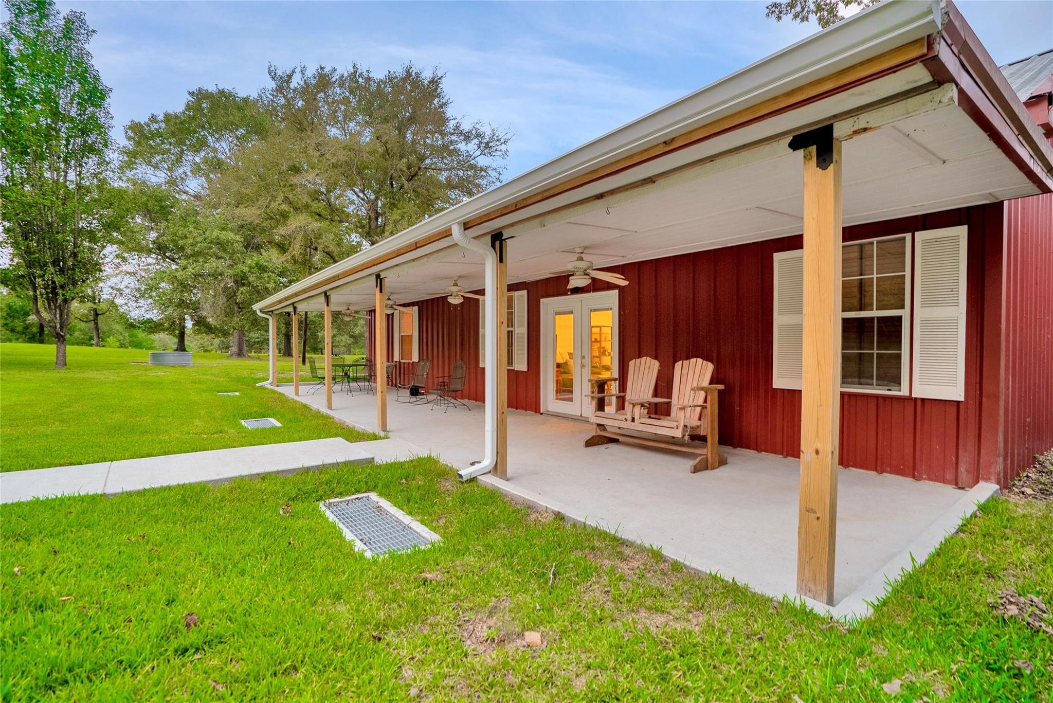 2395 County Road 2300 Property Photo - Woodville, TX real estate listing