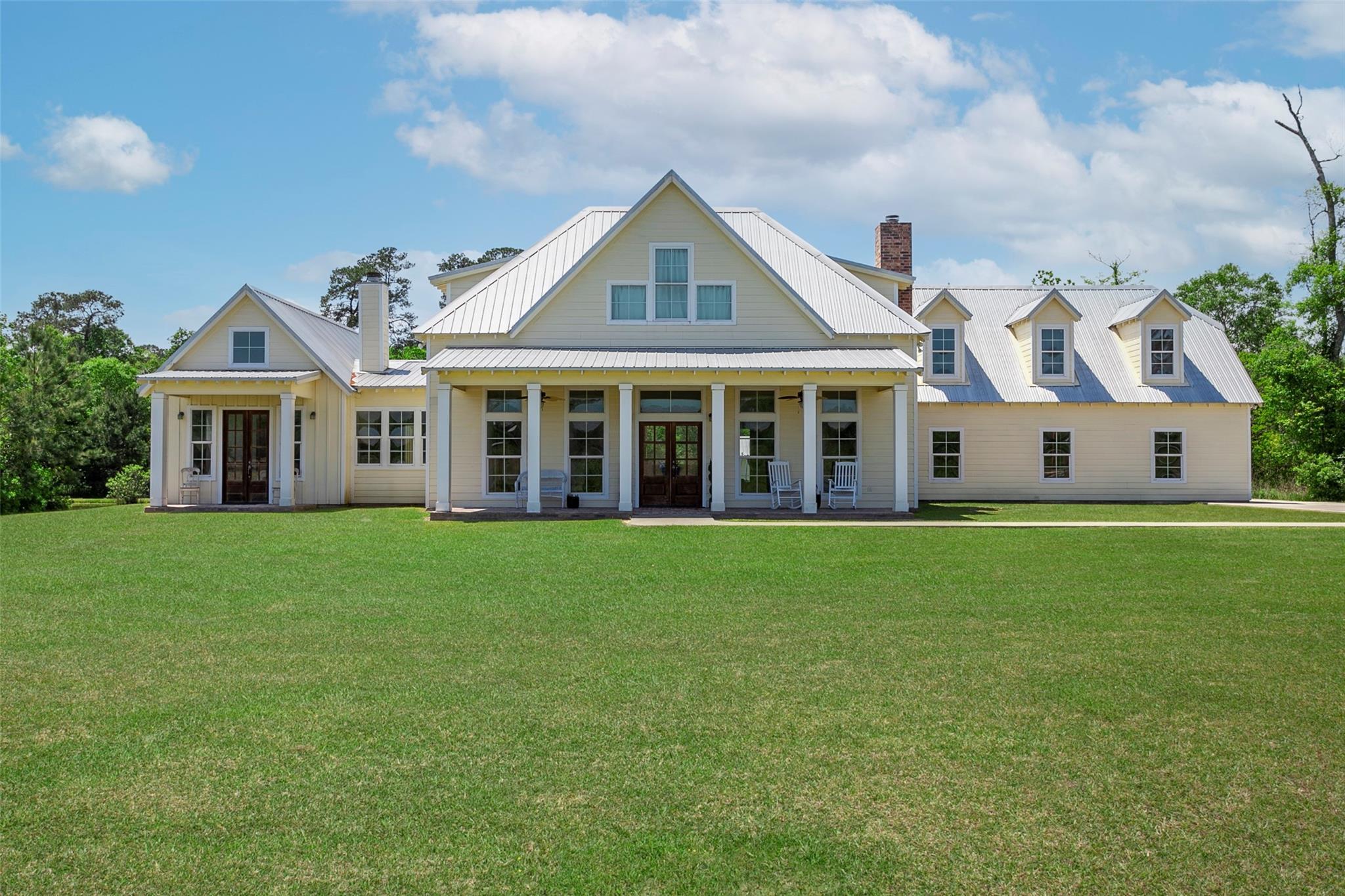 2075 Gates Road Property Photo - Kountze, TX real estate listing