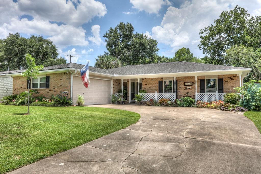 9315 Meadowglen Lane Property Photo