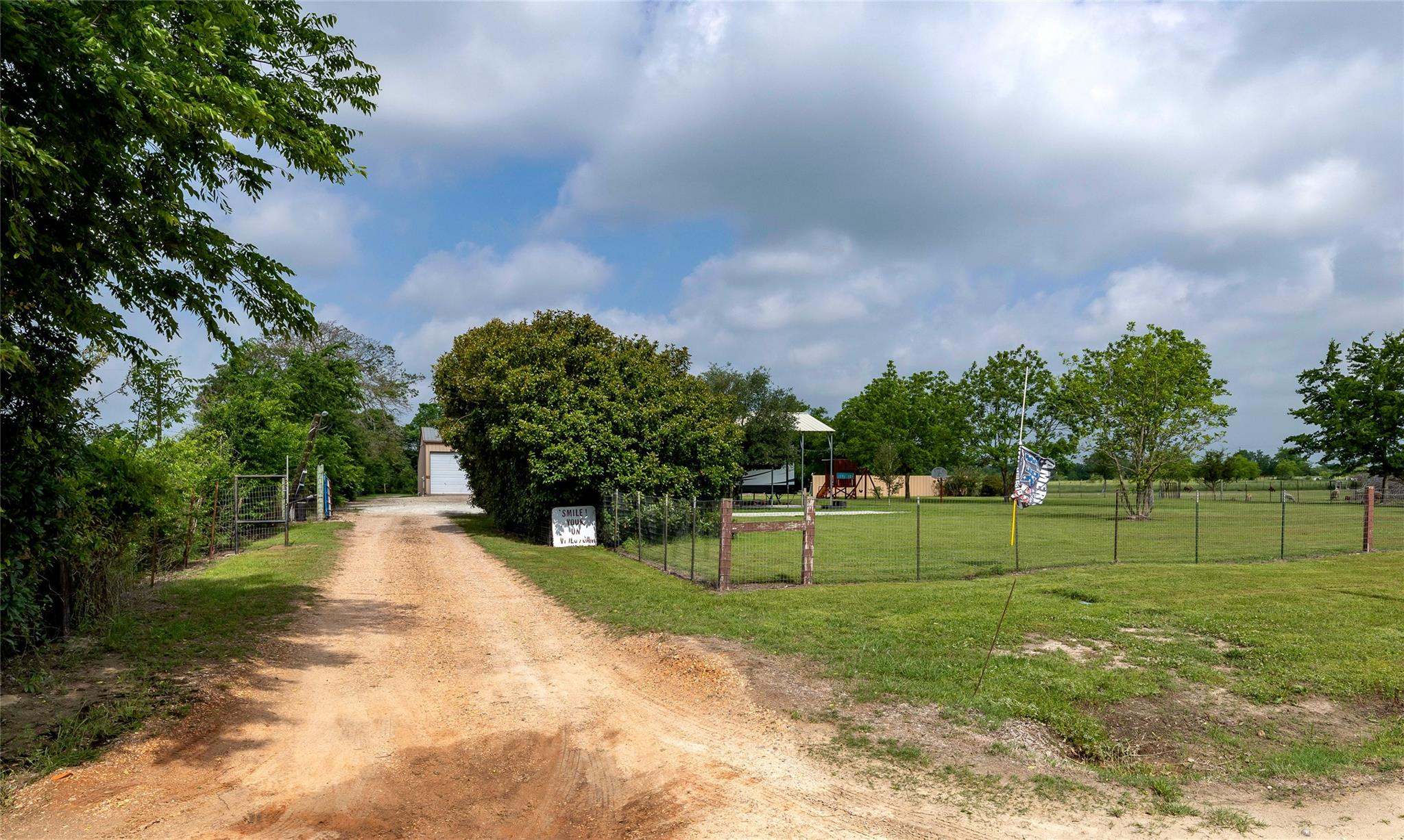 1380 Hollis Road Property Photo