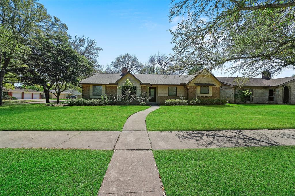7703 Del Rey Lane, Houston, TX 77071 - Houston, TX real estate listing