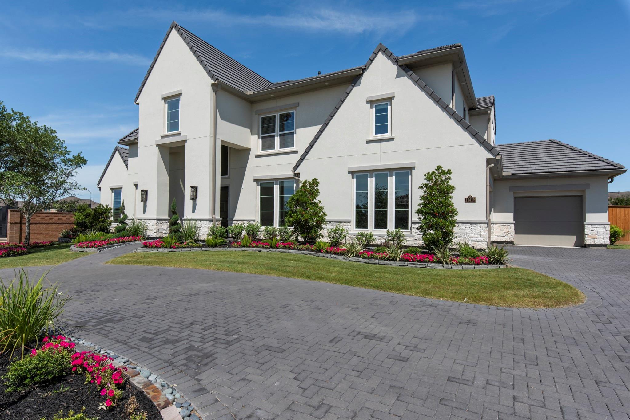 11418 Lago Bella Drive Property Photo - Richmond, TX real estate listing