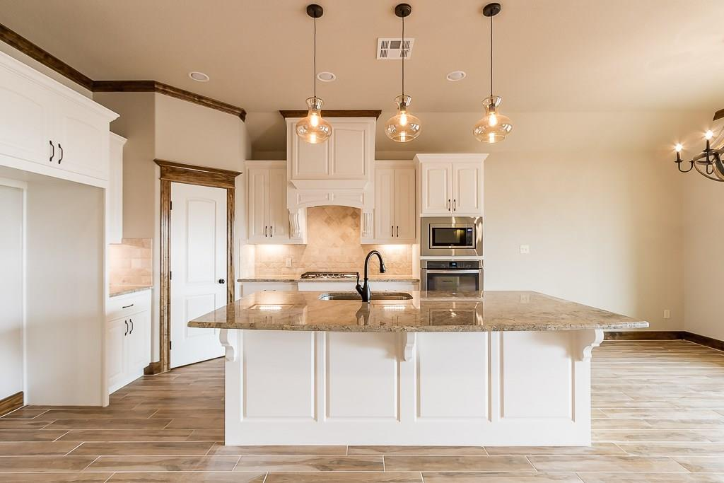 4647 Stonecrest Court, Bryan, TX 77808 - Bryan, TX real estate listing