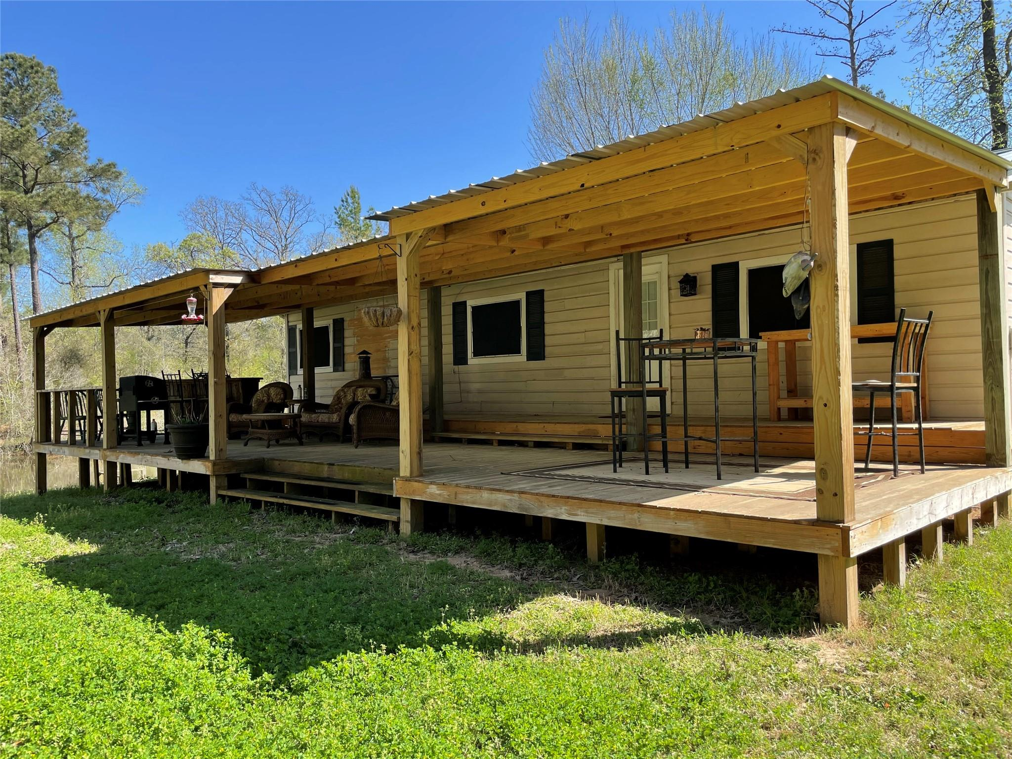 440 An County Road 1121 Property Photo - Elkhart, TX real estate listing