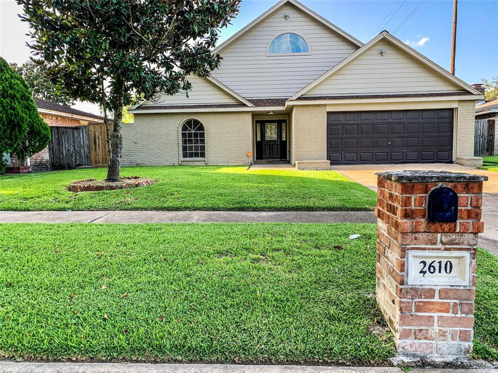 2610 Lower Valley Drive Property Photo - Houston, TX real estate listing