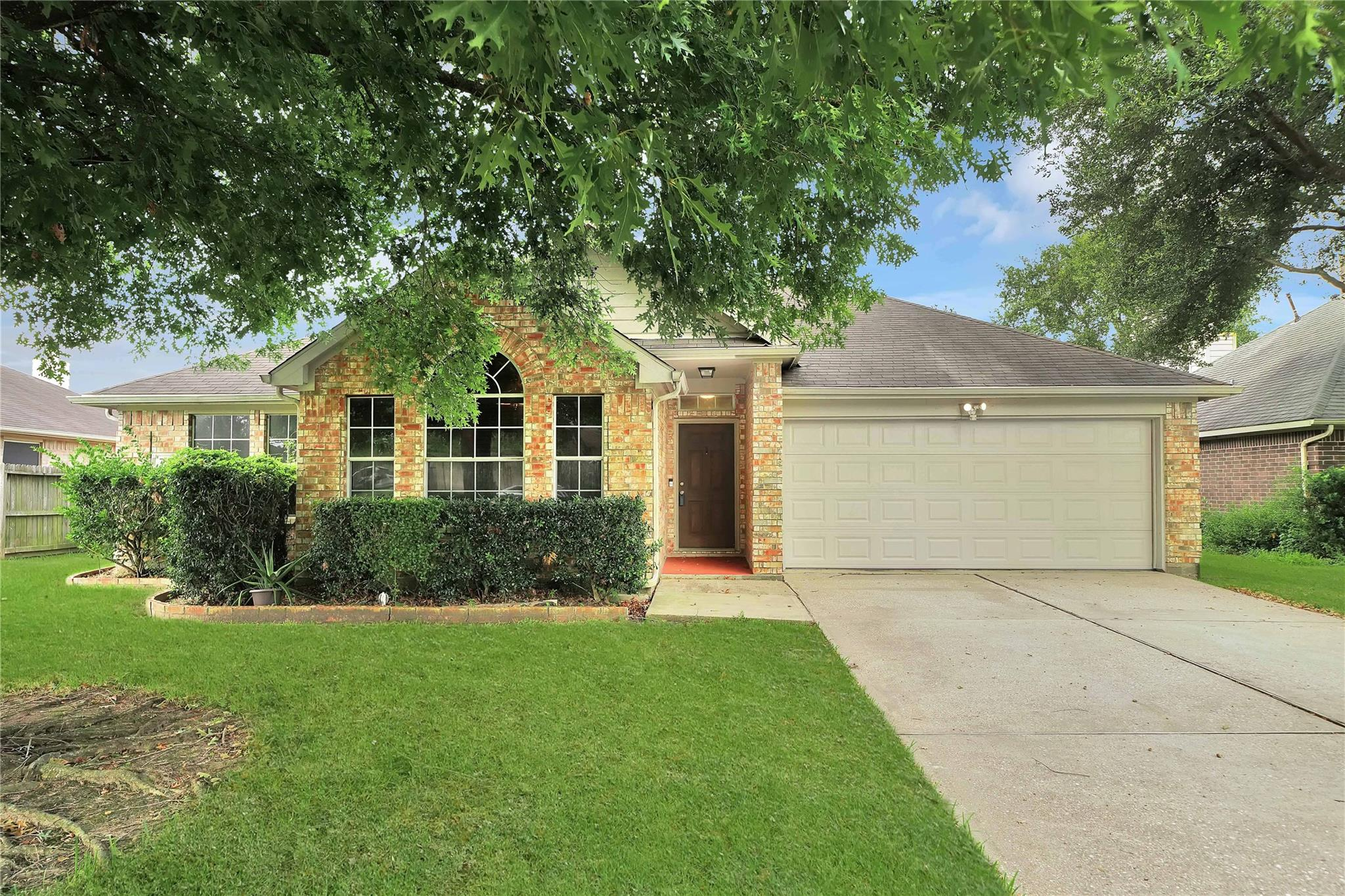 7807 Tejas Street Property Photo - Baytown, TX real estate listing