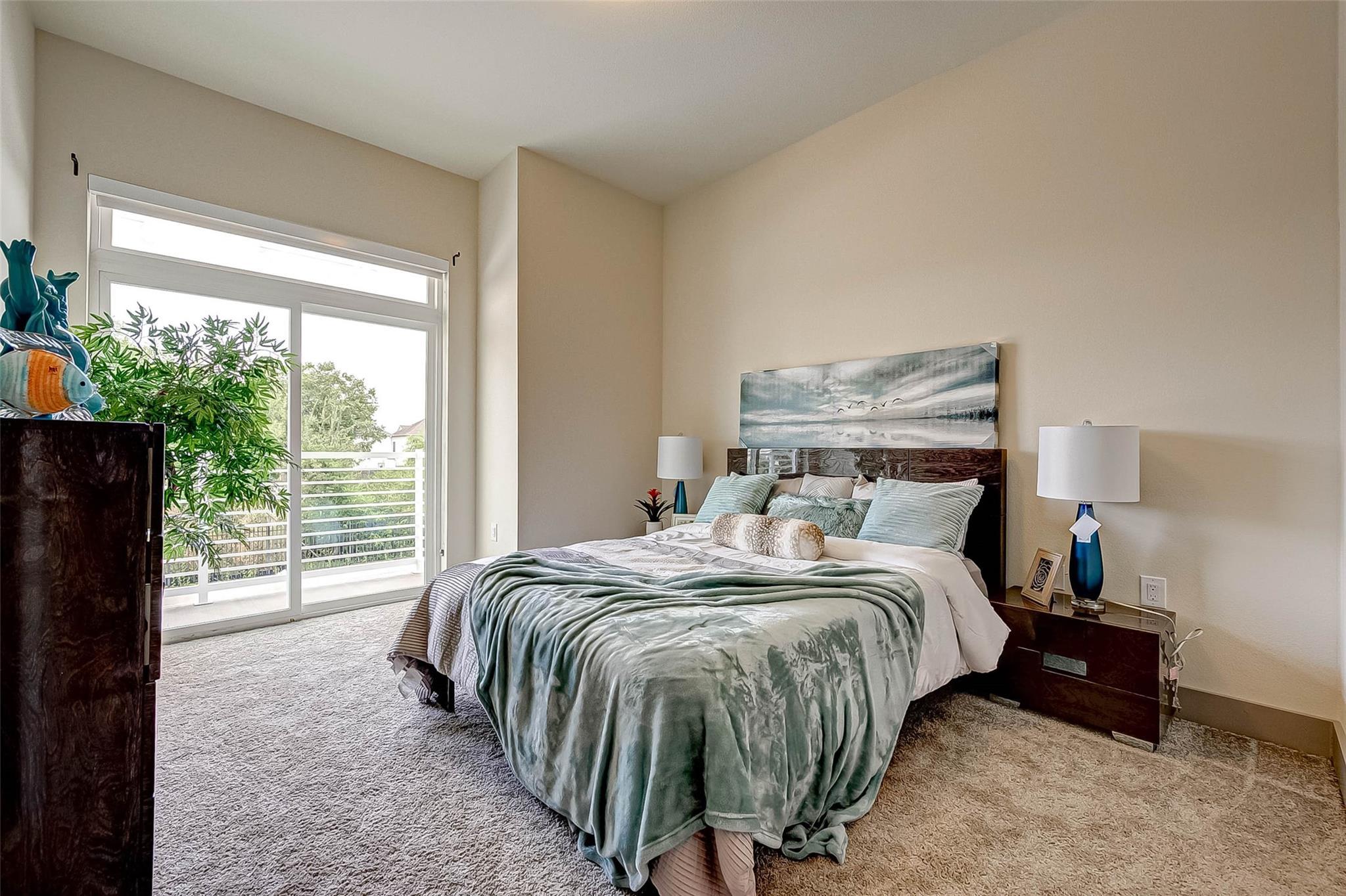 6955 Turtlewood Drive #101 Property Photo