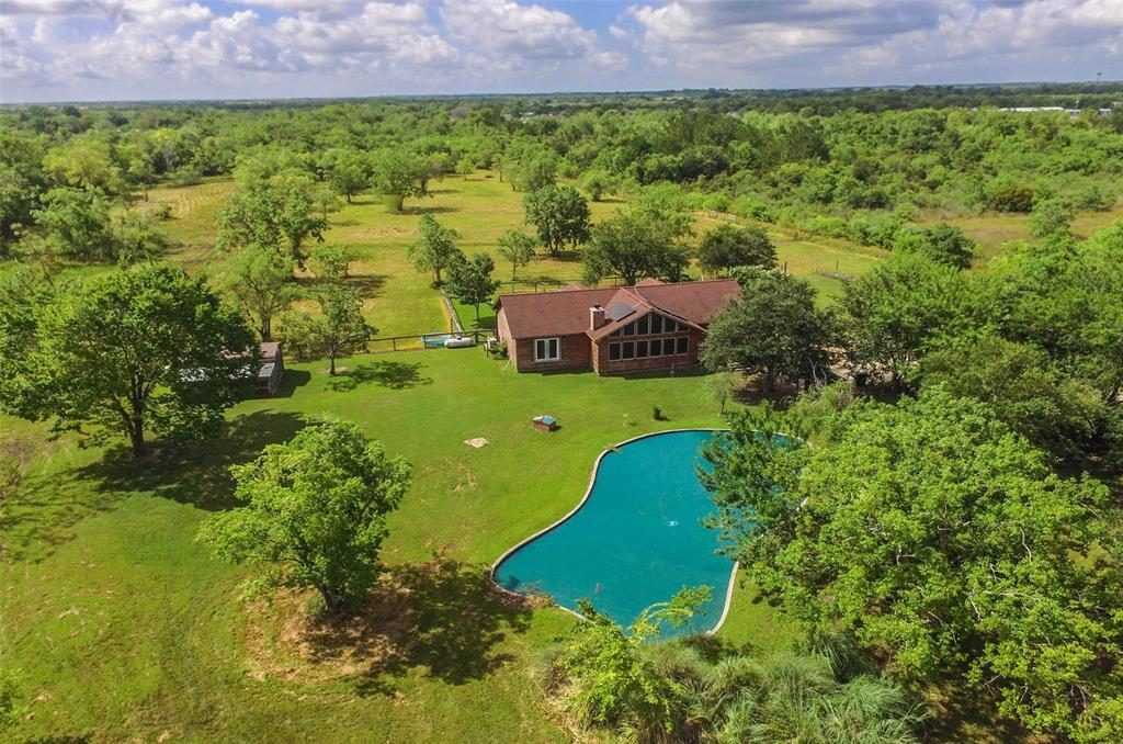 4821 County Road 424 #1 Property Photo - Alvin, TX real estate listing