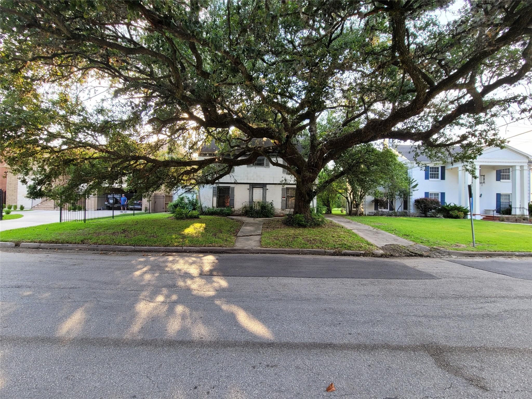 5810 Ardmore Street Property Photo