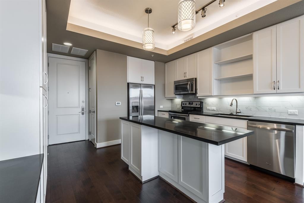 2303 Mid Lane #717 Property Photo - Houston, TX real estate listing