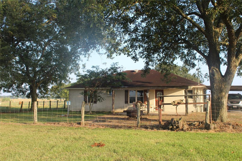 810 County Road 118, Lane City, TX 77488 - Lane City, TX real estate listing