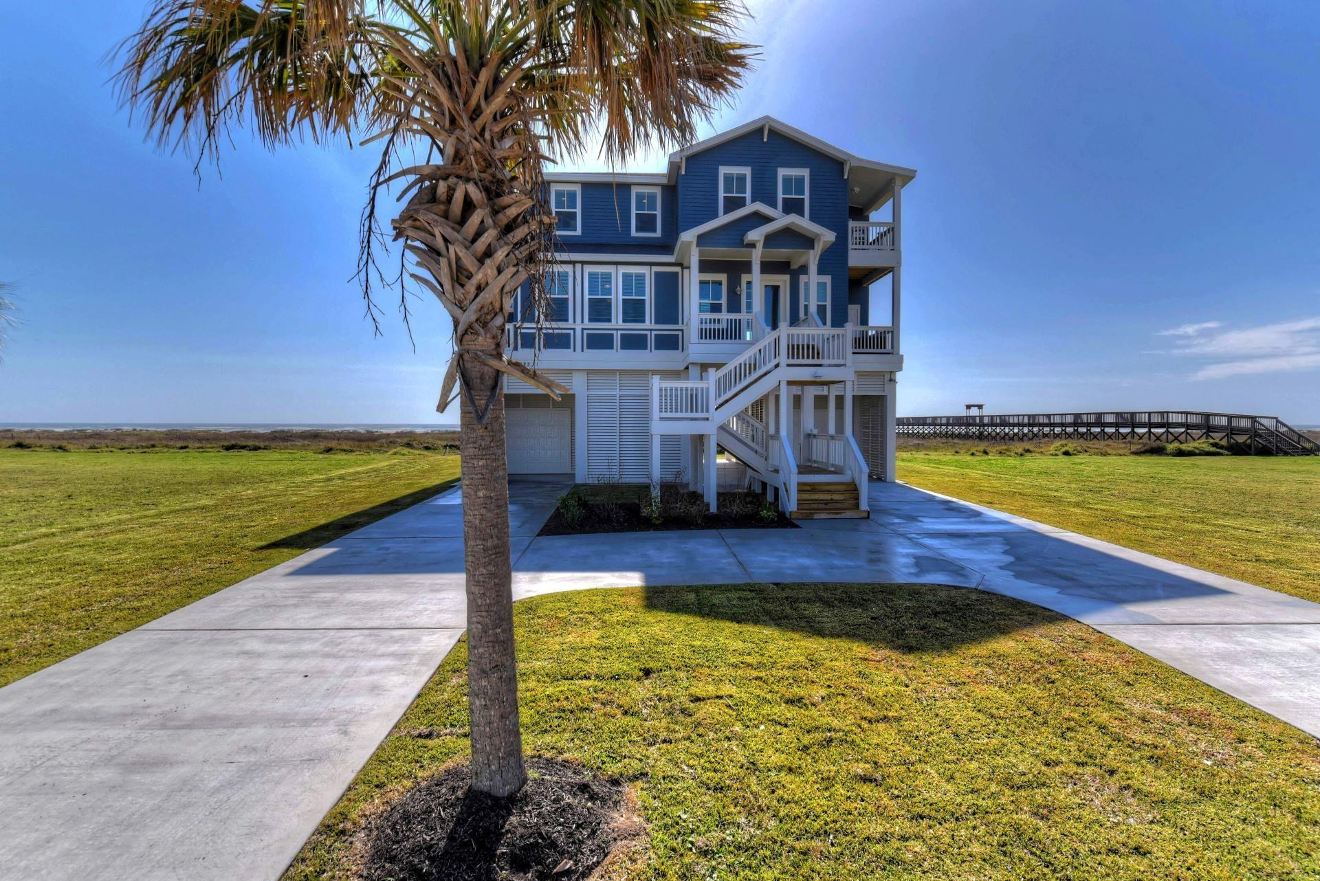 25923 Flamingo Drive Property Photo 1