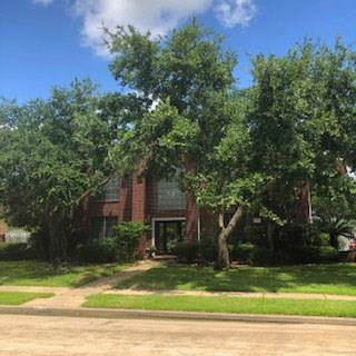 2110 Five Iron Drive, Houston, TX 77089 - Houston, TX real estate listing