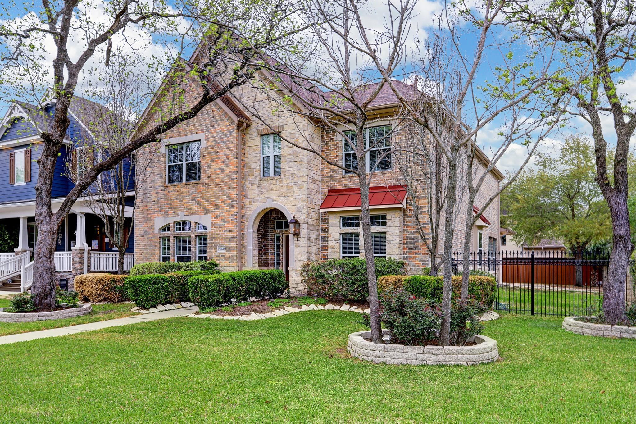 5400 Grand Lake Street Property Photo