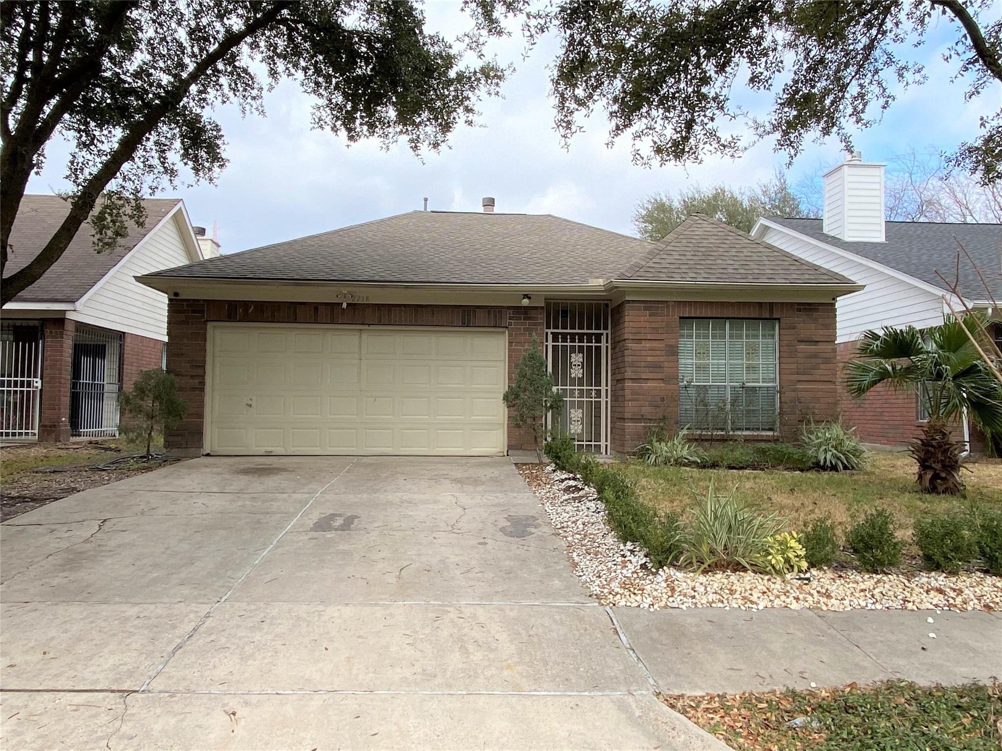 2218 Bivens Brook Drive Property Photo - Houston, TX real estate listing