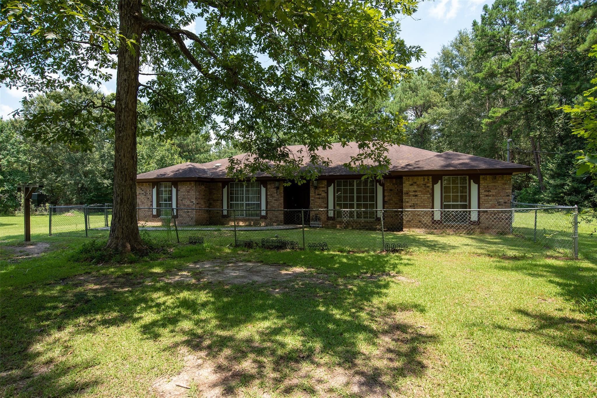852 County Road 1860 Property Photo - Warren, TX real estate listing
