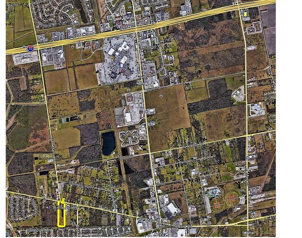 2319 W Cedar Bayou Lynchburg Road Property Photo - Baytown, TX real estate listing