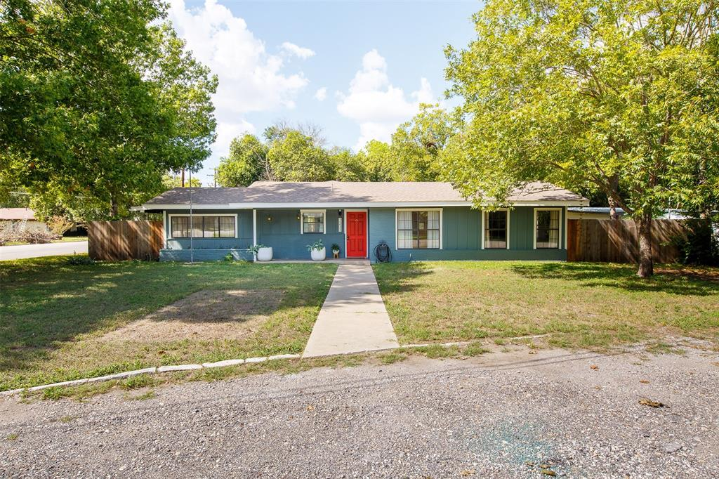 1233 Orange Street Property Photo - Lockhart, TX real estate listing