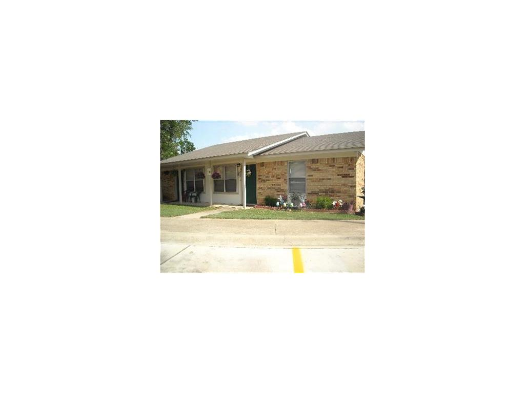 100 Betty Jean Drive, Floresville, TX 78114 - Floresville, TX real estate listing