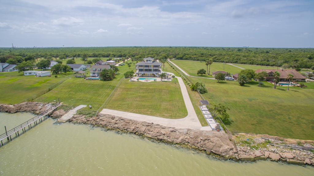 11130 Tri City Beach Property Photo - Beach City, TX real estate listing