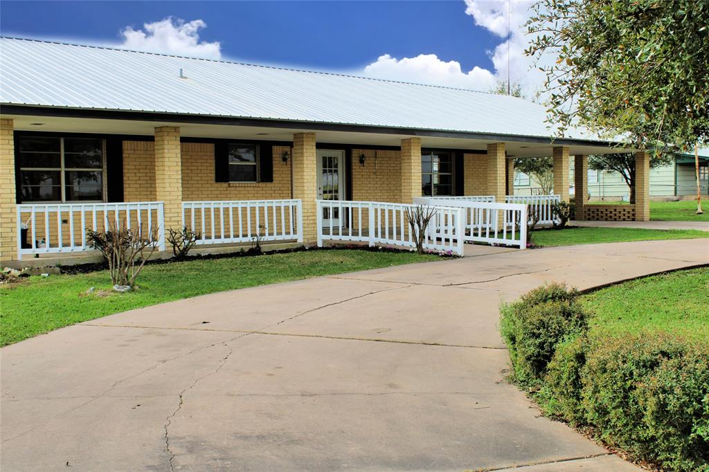 1530 Hwy 159 Property Photo - Fayetteville, TX real estate listing