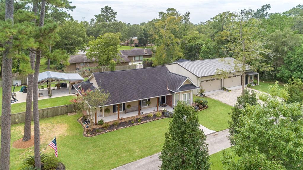 3010 Pine Oak Lane Property Photo - Baytown, TX real estate listing
