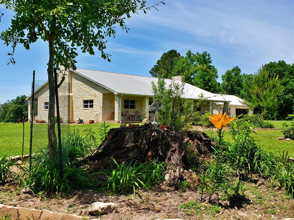 565 Towns Cemetary Road, Livingston, TX 77351 - Livingston, TX real estate listing