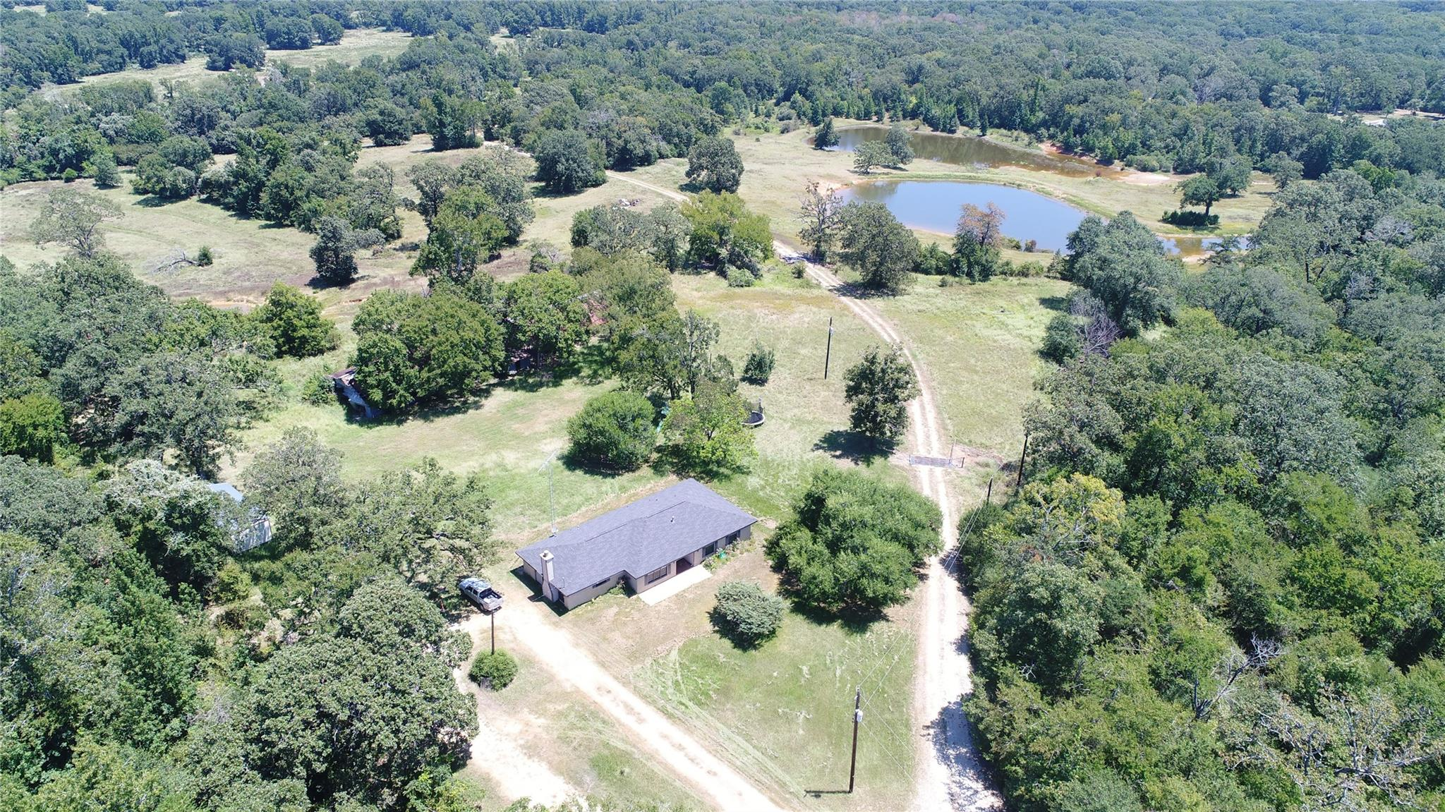 13098 North U S HWY 75 Property Photo - Buffalo, TX real estate listing